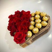 Coração de Rosas Grande com Chocolate